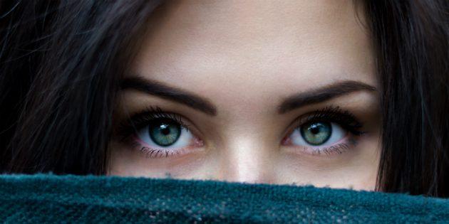 Упражнения для лица: кожа вокруг глаз