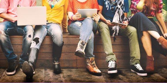 Ювенойя — «боязнь молодёжи»: как с этим жить