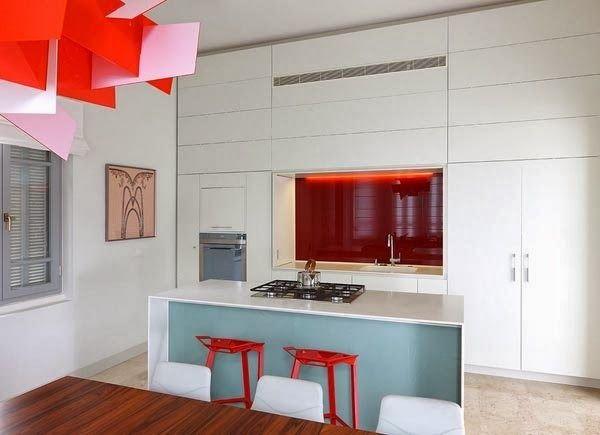 Дизайн маленькой кухни: расположение шкафов