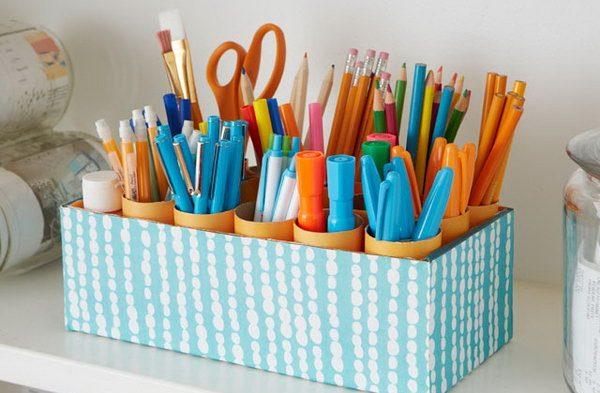 хранение мелочей: Втулки от туалетной бумаги и канцелярские принадлежности