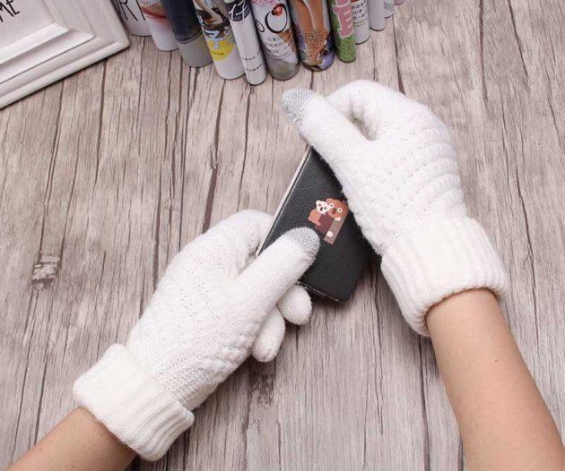 Недорогие подарки на Новый год: перчатки