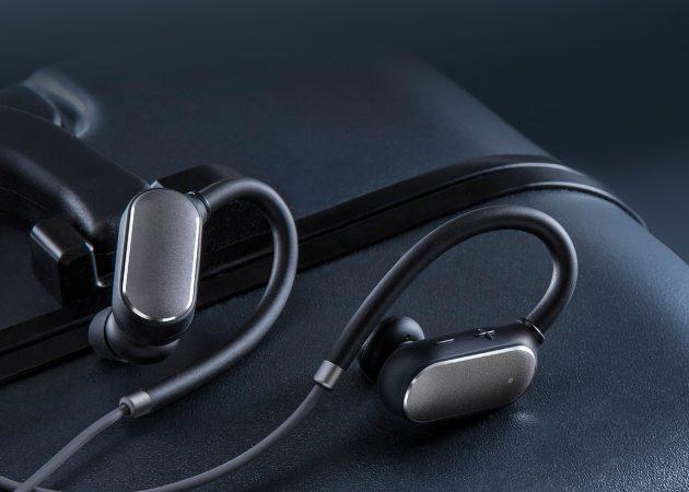 Новинка Xiaomi: беспроводные наушники для спорта Mi Sports Bluetooth Headset