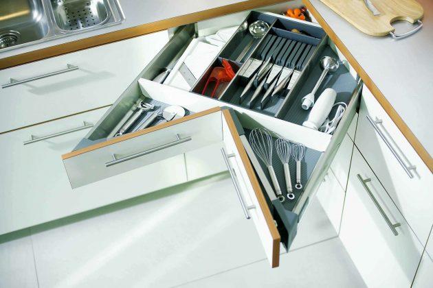 Как выбрать кухню: угловой выдвижной ящик