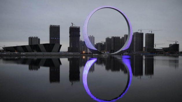китайская архитектура: «Кольцо жизни» в городе Фушунь