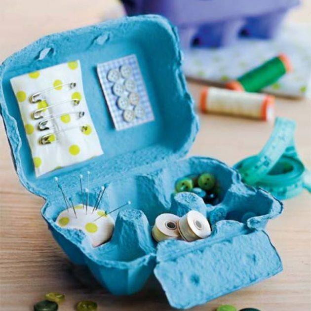 хранение мелочей: Кассета для яиц и швейный набор