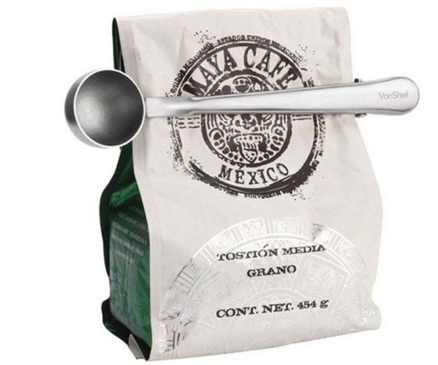 Недорогие подарки на Новый год: ложечка для кофе