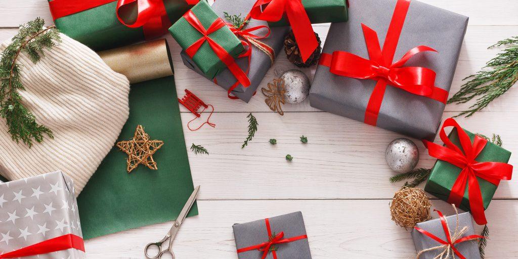 22 необычных новогодних подарка для родных, друзей и коллег ...
