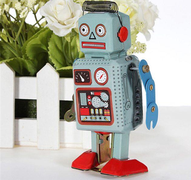 Заводной робот