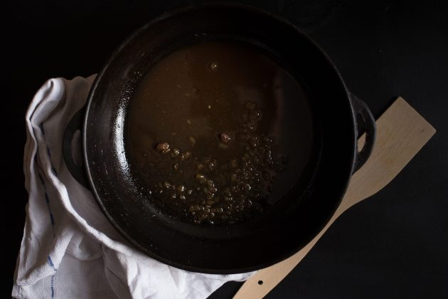 Паштет из куриной печени со сливками: залейте вино