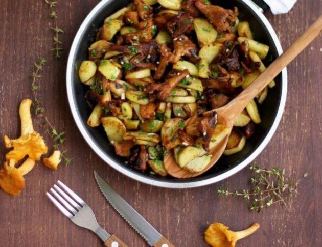 Как пожарить картошку с лесными грибами