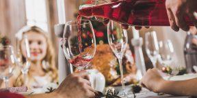 Как правильно есть и пить во время праздников, чтобы потом не раскаиваться