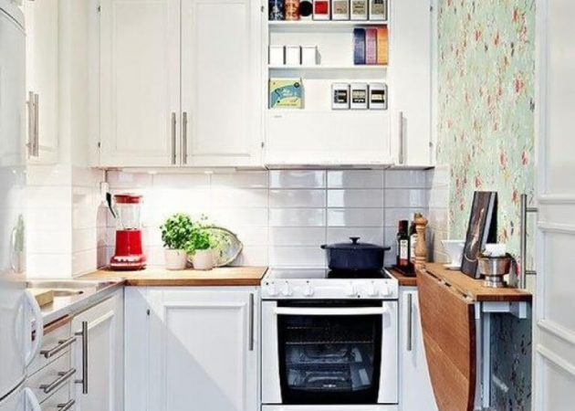 Узкая кухня: мебель
