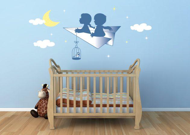 Интерьер детской: принт на стенах