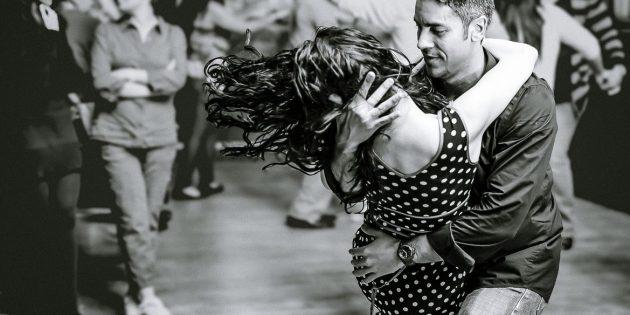 Как научиться танцевать социальные танцы: Бачата
