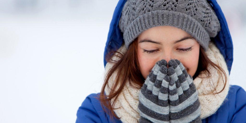 Крем для лица зимой увлажняющий или питательный. Каким кремом для лица пользоваться зимой