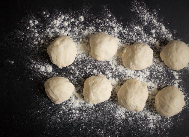 Дрожжевые лепёшки: тесто