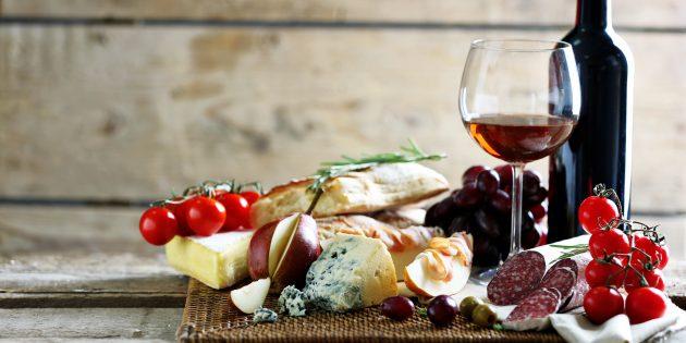 чем закусывать: вино