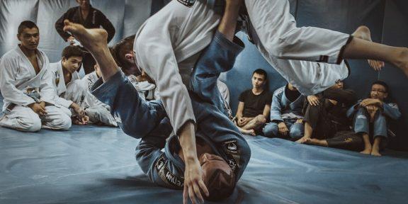 Почему вам стоит позаимствовать разминку у борцов бразильского джиу-джитсу