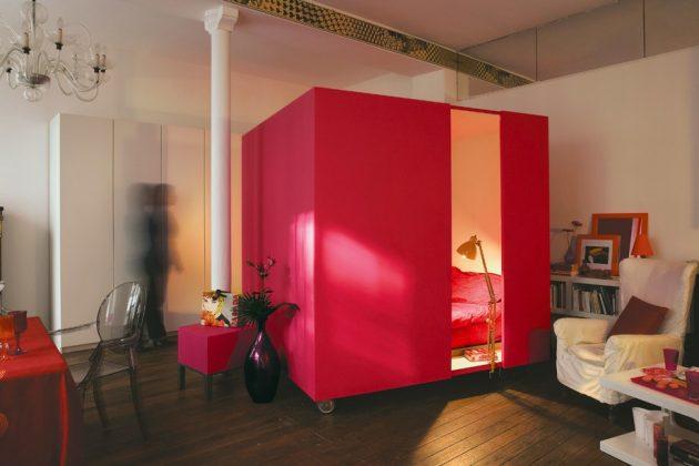 Дизайн квартиры-студии: спальня-куб