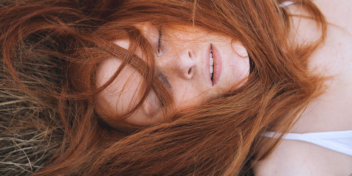 Стрижка и лечение волос огнем
