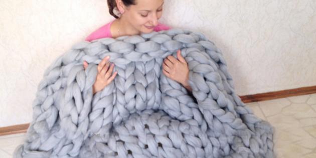 Что подарить маме на 8Марта: Плед крупной вязки