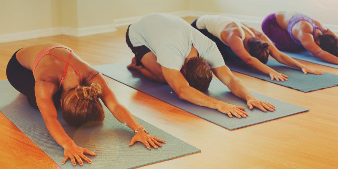 Как выбрать курсы по йоге