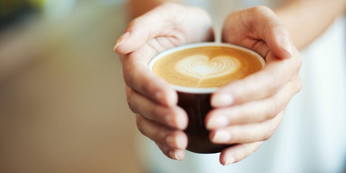 Кофе болят суставы между суставами боли увеличиваются ведут нарушению походки скорее вся проблема