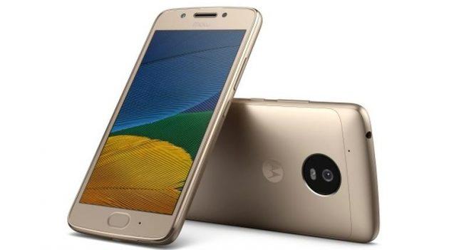 Лучшие смартфоны: Motorola Moto G5 Plus