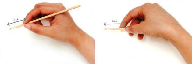 Как научиться вязать крючком: Способы держать крючок