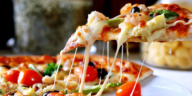 Как приготовить тесто для пиццы: Дрожжевое тесто на молоке
