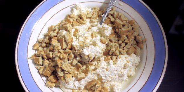 Простой рецепт диетических «Рафаэлло»: смешайте творог с печеньем