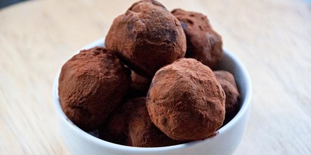 Шоколадные трюфели в какао