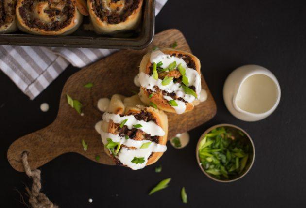 булочки с говядиной: готовое блюдо