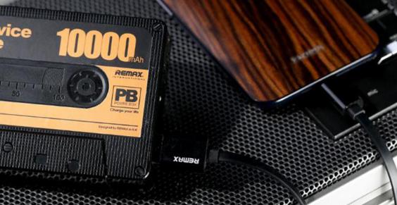 Внешний аккумулятор в виде кассеты