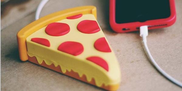 Внешний аккумулятор в виде пиццы