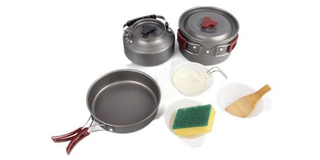 товары для пикника: походный набор посуды