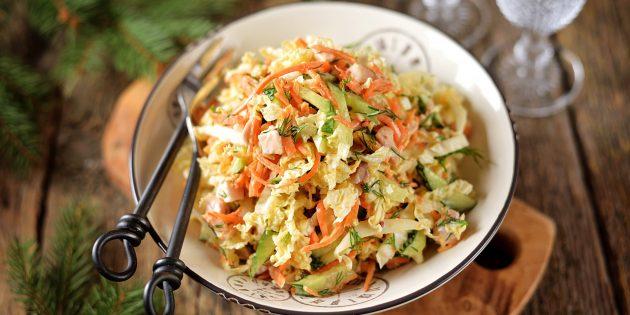 Салат с корейской морковью, курицей и пекинской капустой