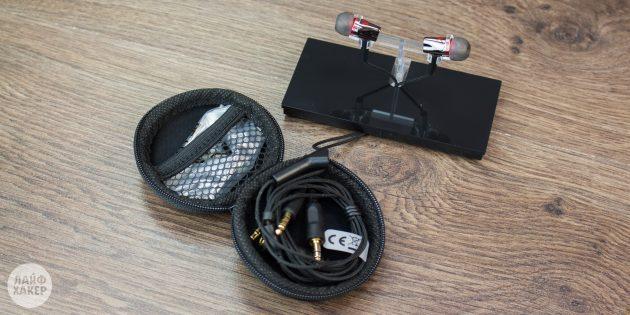 внутриканальные наушники Creative Sound BlasterX P5