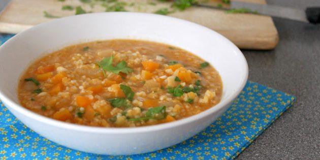 питание при тренировках: блюда из риса, чечевицы, булгура с овощами