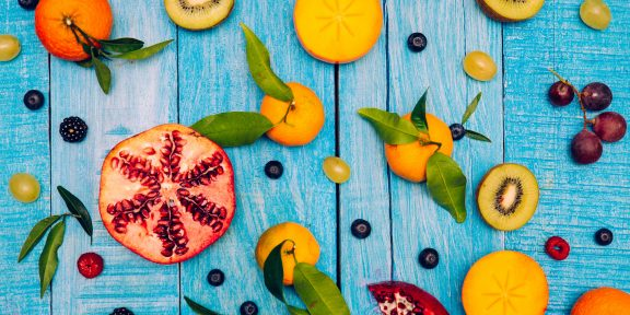 Как красиво нарезать и подать фрукты