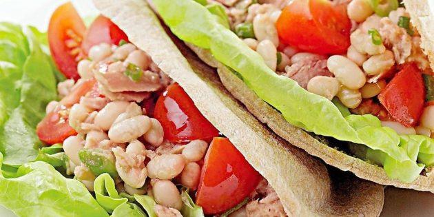 Салаты с рыбой: Салат с тунцом и белой фасолью