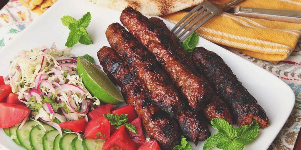 10 простых мясных блюд, на которые уйдёт всего 10 минут