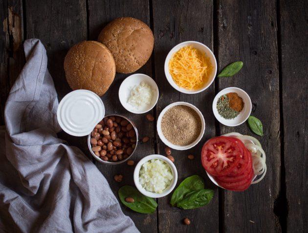 Бургер с фасолевой котлетой: ингредиенты