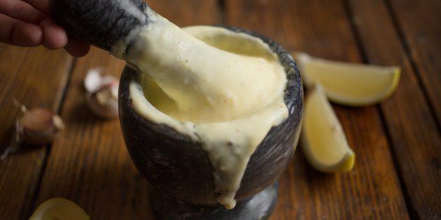 айоли: готовый соус
