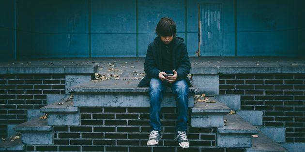 Почему нужно ограничить время, которое ребёнок проводит с гаджетами