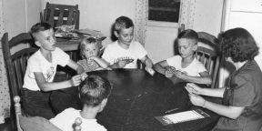 10 игр, которым стоит научить современных детей