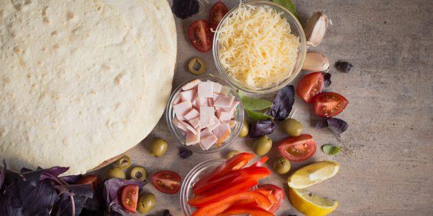 пицца из тортильи: ингредиенты