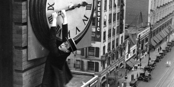 Почему наше восприятие времени искажается и как с этим бороться