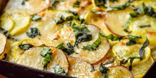 Запеканка из картофеля, кабачков и сыра