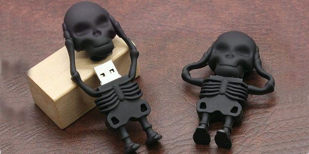 Флешки в виде скелетов